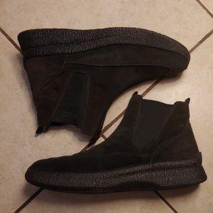 Ecco Suede Slip On Shoeties 👢